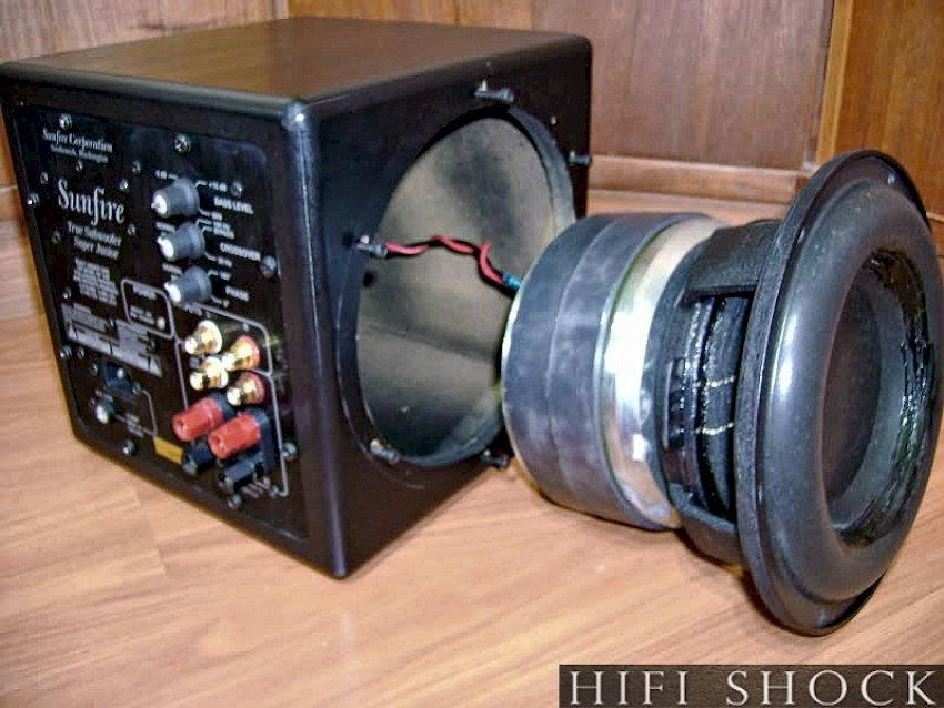 Big Woofers Give Better Bass Maybe News Amp Views Ohm